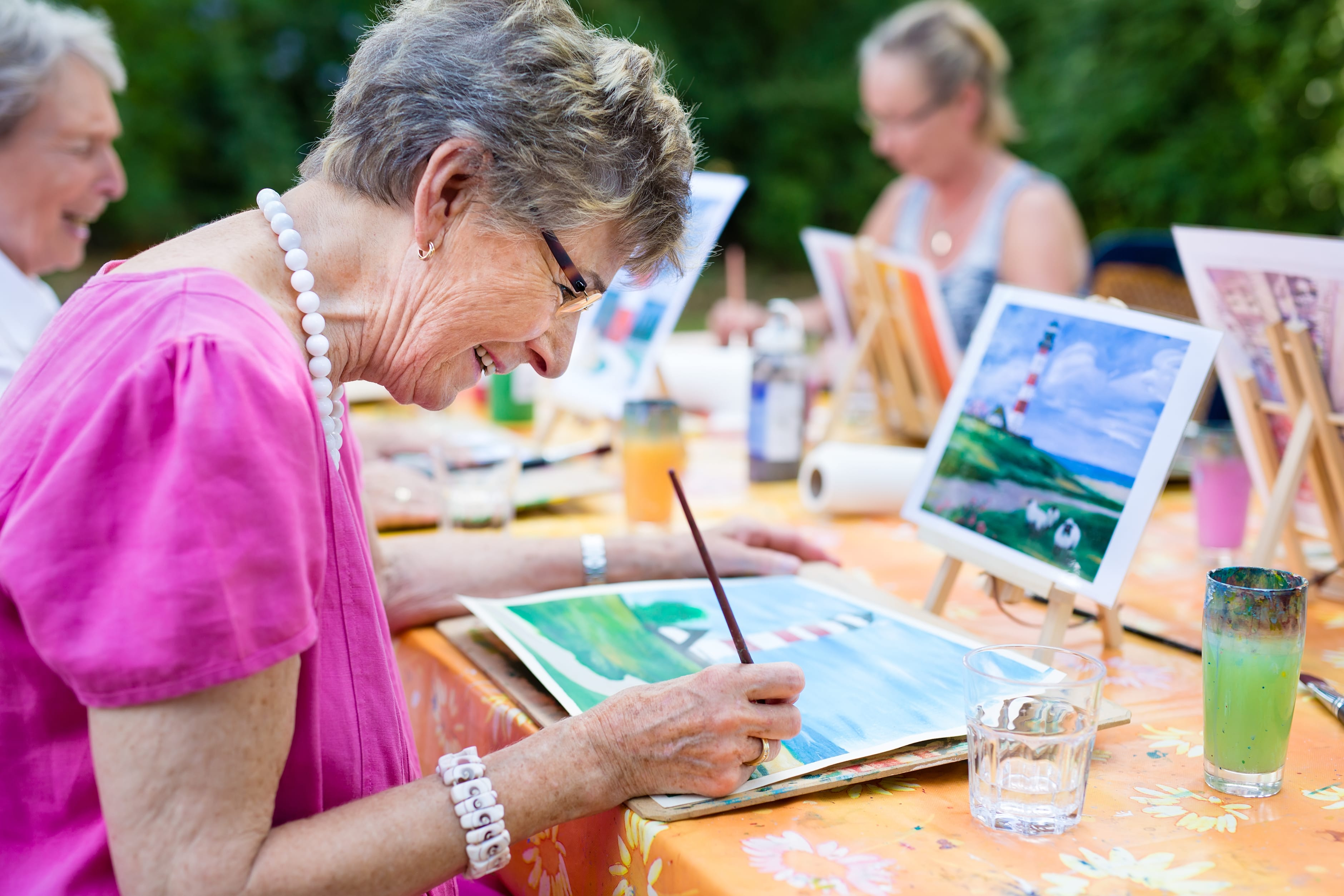 7 Memory Care Activities to Engage Persons with Dementia