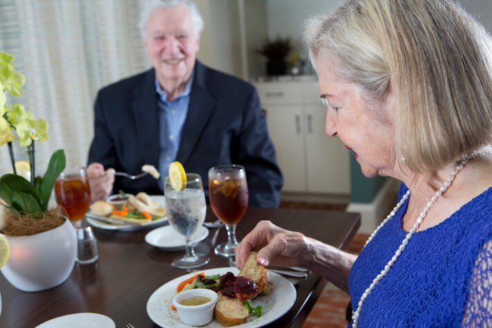 Diet_Nutrition__Meal_Preparation_Tips_for_Dementia_Care.jpg