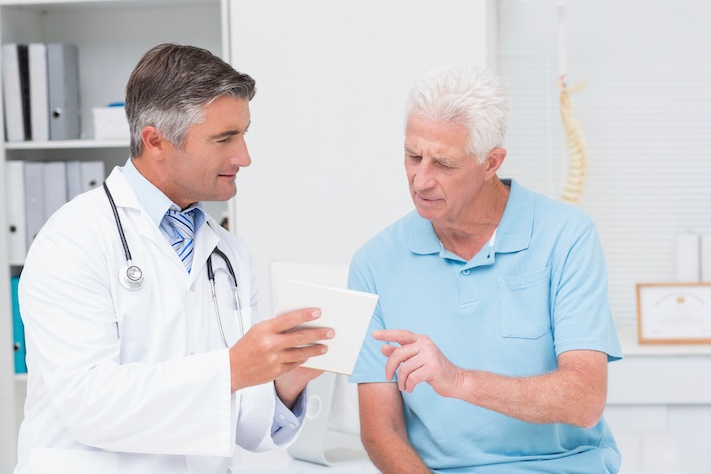 Senior-Health-Care-Doctor.jpg