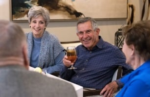 arbor-terrace-senior-living-why-living-here-is-different-deep-connections