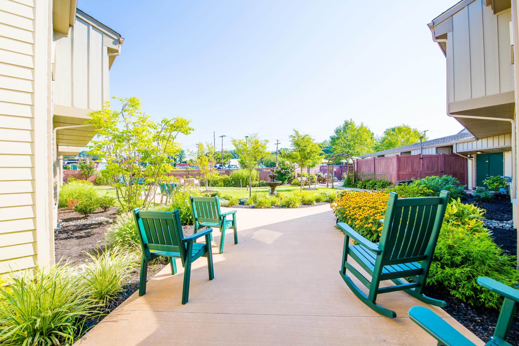 arbor-terrace-middletown-lush-outdoor-spaces