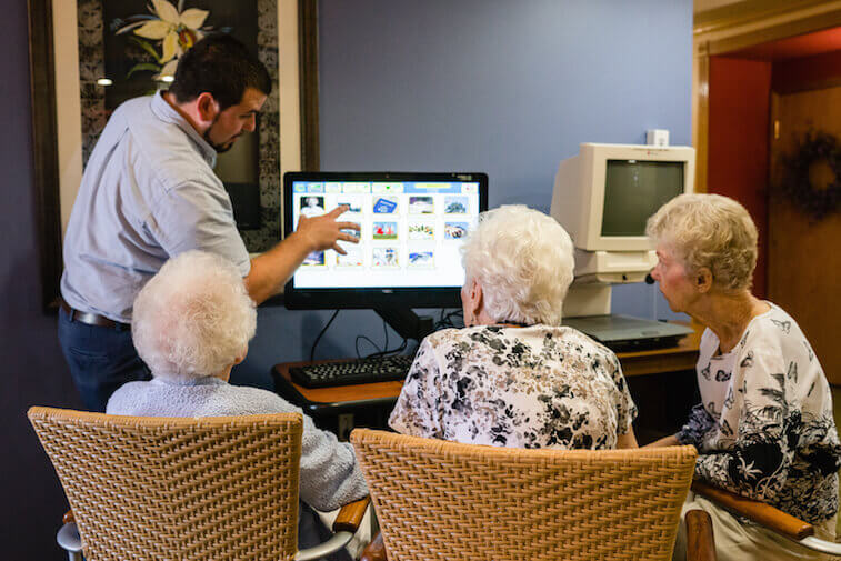 How_to_Protect_Against_Scams_Targeting_the_Elderly-1.jpg