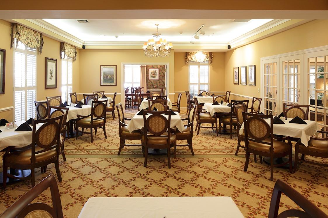 asheville-dining-room