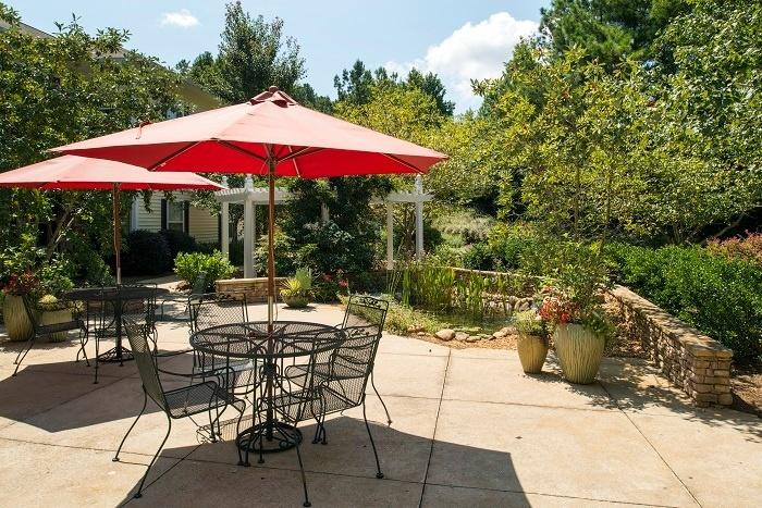 arbor-terrace-athens-courtyard