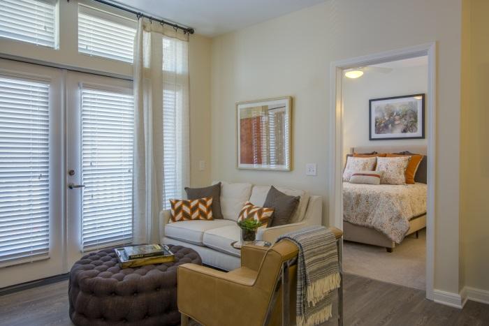 the-arbor-at-bridgemill-living-room-1