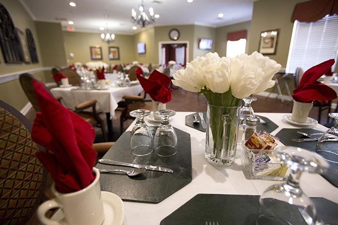 Dining_Room_LLE_3089.jpg