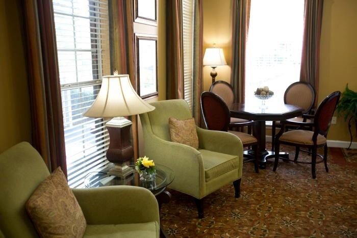 cascade-living-room