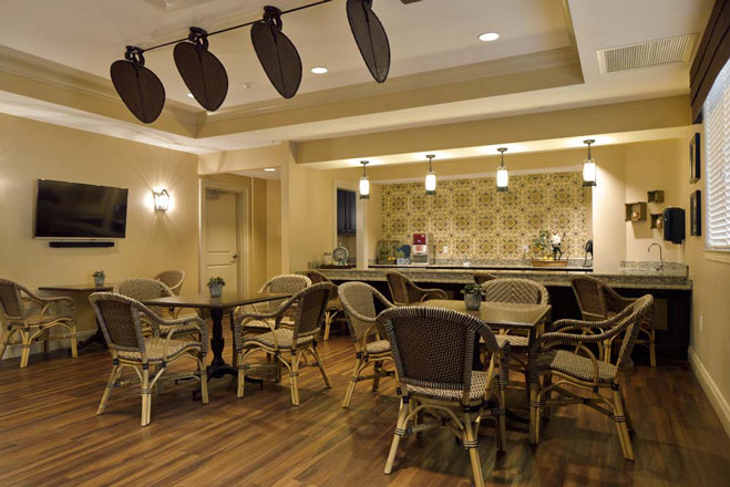 Arbor-Terrace-Citrus-Park-Dining-resized.jpg