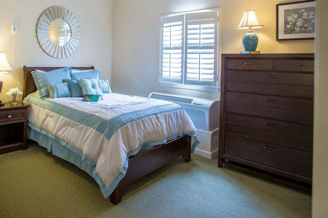 arbor-terrace-at-crabapple-bedroom