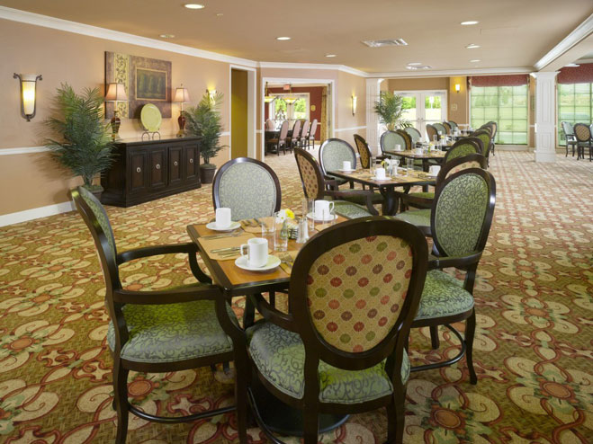 arbor-terrace-at-crabapple-dining-room