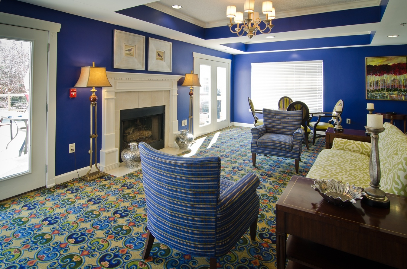 east-cobb-fireplace-room