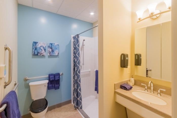 arbor-terrace-fairfax-bathroom-2