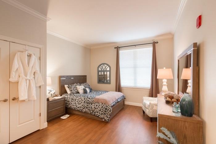 arbor-terrace-fairfax-bedroom