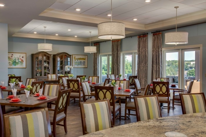 vantage-at-cityview-fort-worth-dining-room.jpg