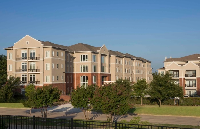 vantage-at-cityview-fort-worth-exterior.jpg