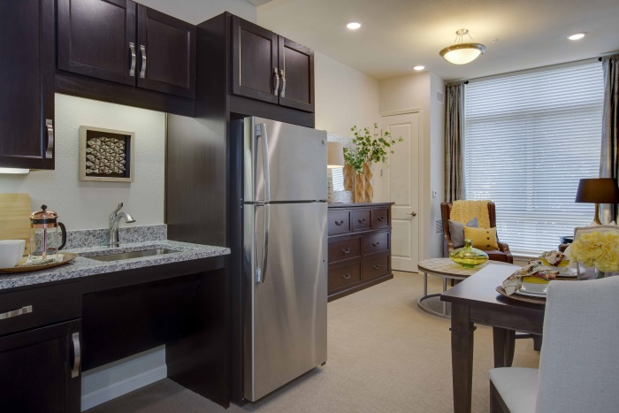 vantage-at-cityview-fort-worth-kitchenette.jpg