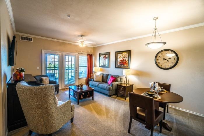 vantage-at-cityview-il-living-room.jpg