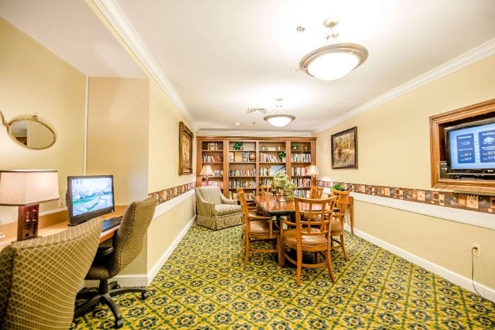 arbor-terrace-senior-living-library