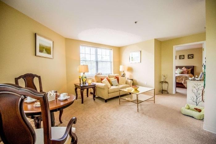 arbor-terrace-senior-living-neighborhood-living-space
