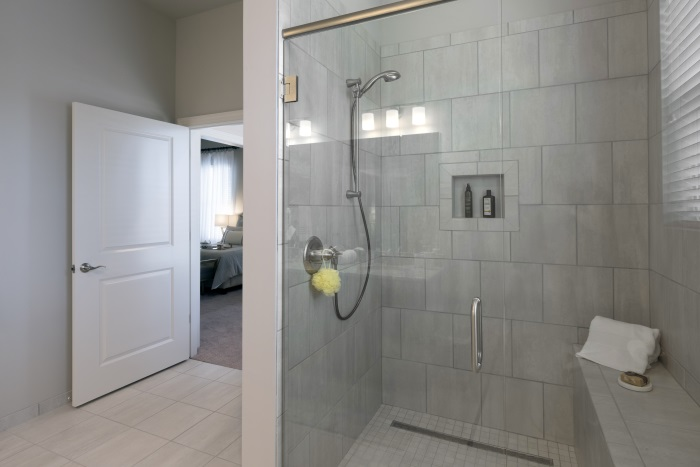 arbor-terrace-hamilton-mill-independent-living-bathroom