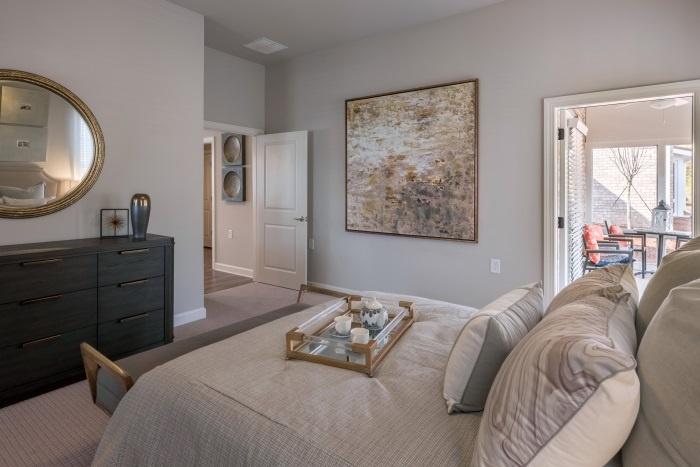 arbor-terrace-hamilton-mill-independent-living-bedroom-2