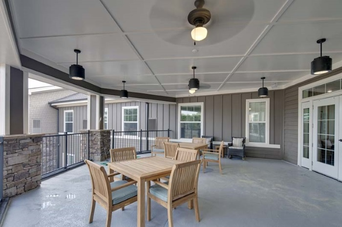 arbor-terrace-of-johns-creek-outdoor-patio