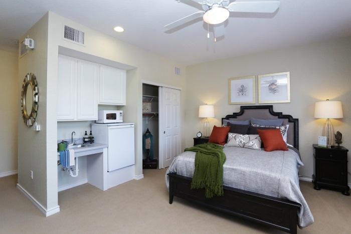 arbor-terrace-at-kingwood-town-center-bedroom-2