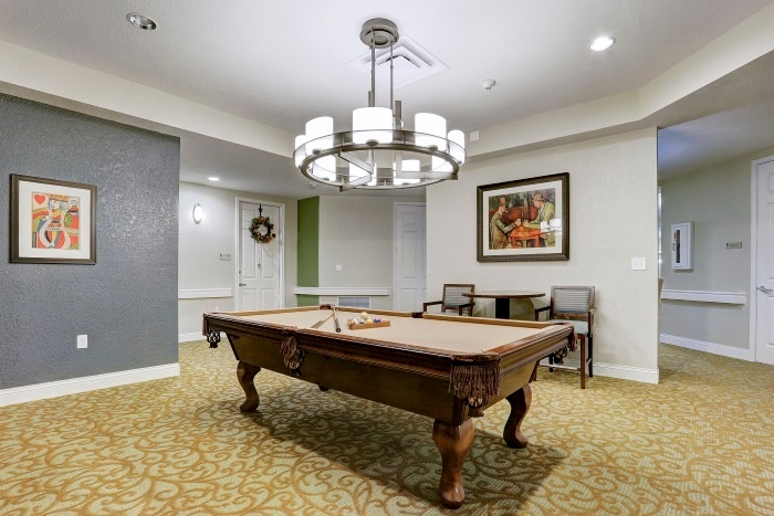 arbor-terrace-at-kingwood-town-center-billiards-room