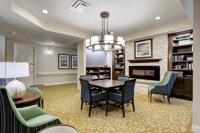 arbor-terrace-at-kingwood-town-center-neighborhood-living-space