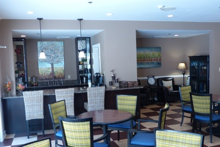 arbor-terrace-of-knoxville-dining-area-1