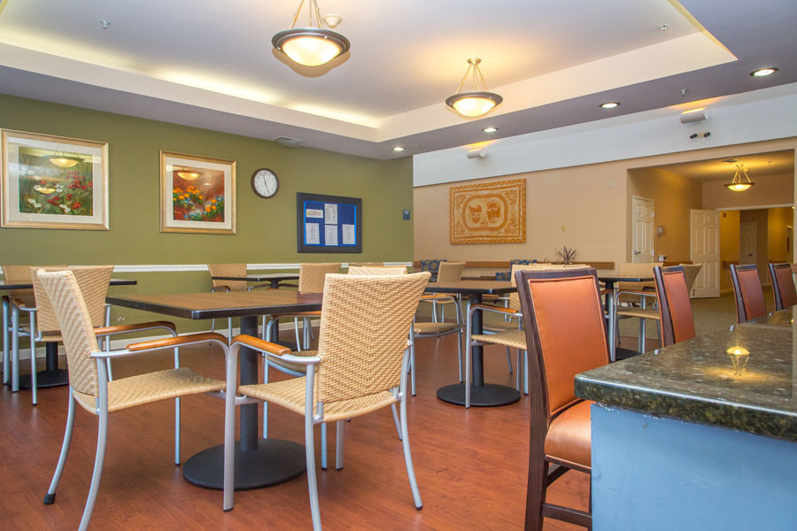 sudley-manor-evergreen-dining-room