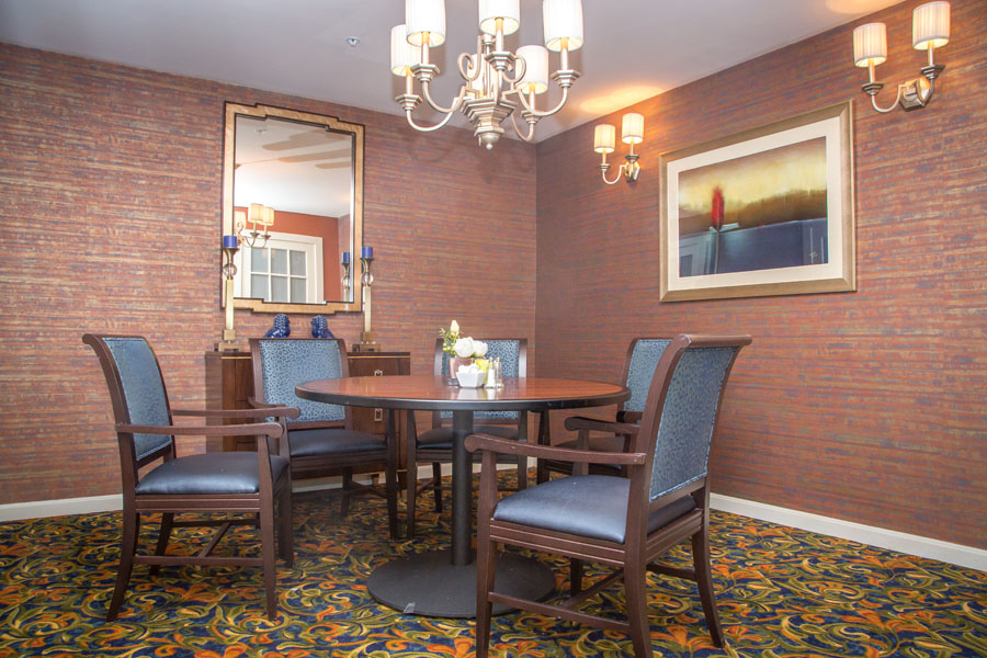 sudley-manor-dining-room