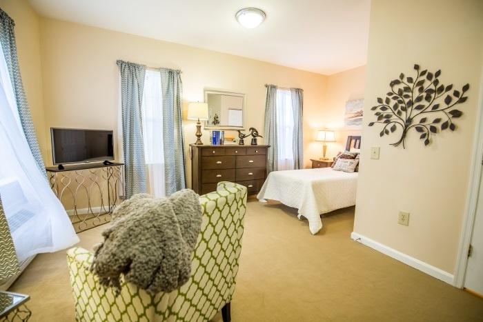 arbor-terrace-sudley-manor-bedroom