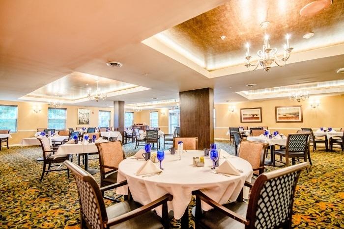arbor-terrace-sudley-manor-dining-area-4