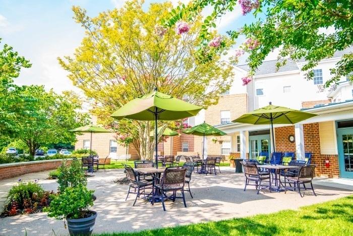 arbor-terrace-sudley-manor-outdoor-patio