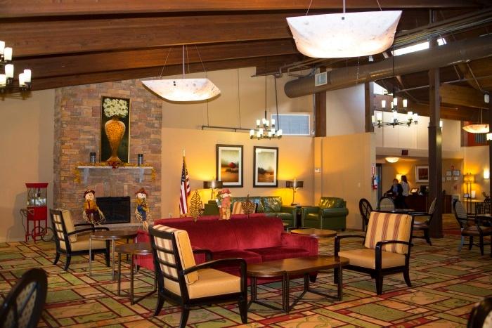 middletown-lobby