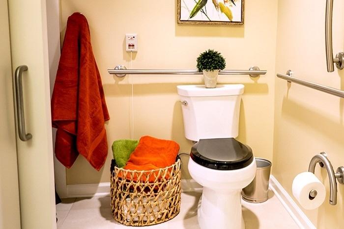 arbor-terrace-morris-plains-bathroom