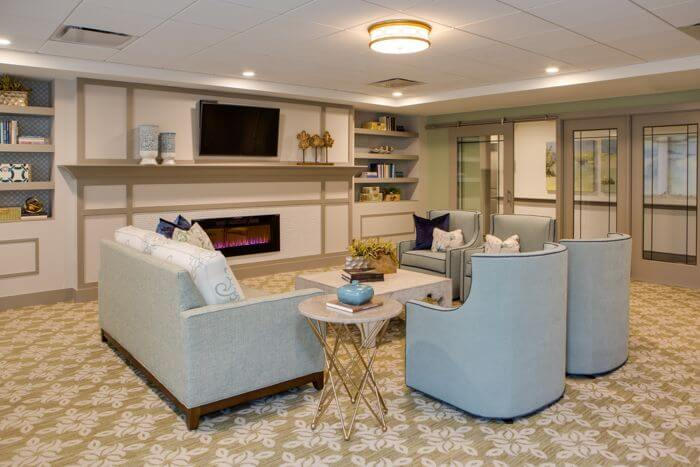 arbor-terrace-naperville-living-room