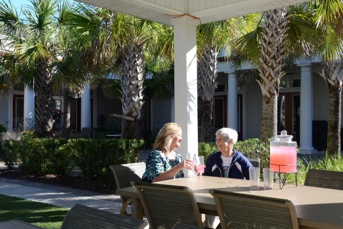 arbor-terrace-ortega-outdoor-patio-people