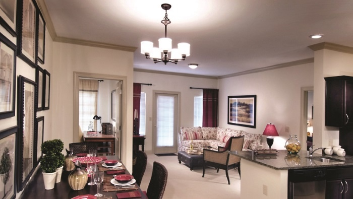 arbor-terrace-peachtree-city-living-room