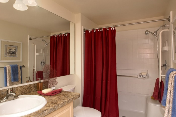 the-preserve-at-palm-aire-bathroom