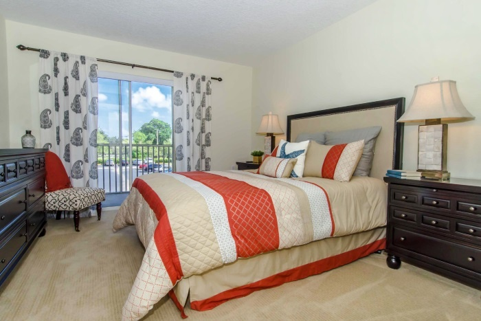 the-preserve-at-palm-aire-bedroom