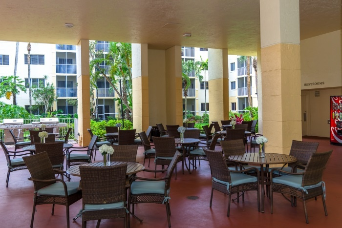 the-preserve-at-palm-aire-covered-patio