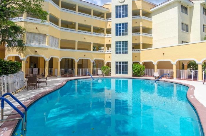 preserve-palmaire-pool.jpg