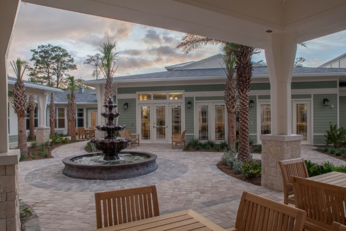 arbor-terrace-ponte-vedra-outdoor-patio
