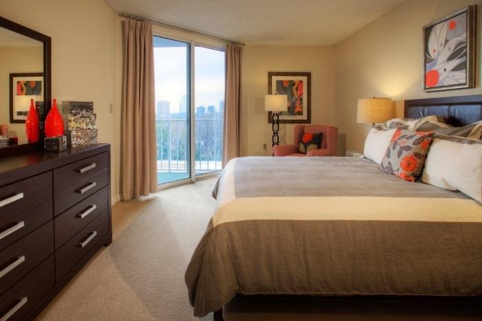 renaissance-on-peachtree-bedroom