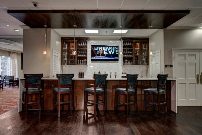 renaissance-on-peachtree-wine-bar