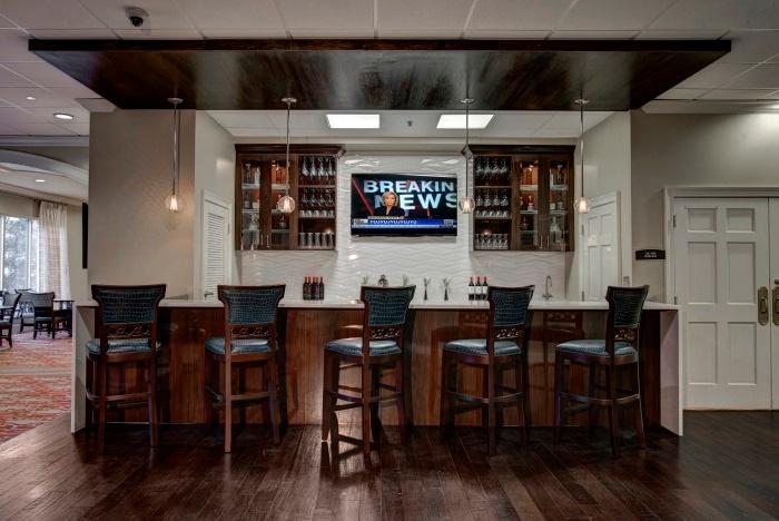 renaissance-on-peachtree-wine-bar