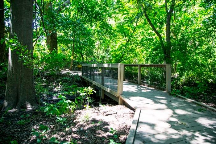 arbor-terrace-teaneck-walking-path