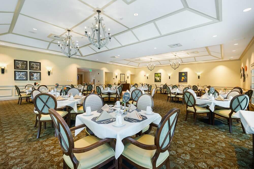 arbor-terrace-citrus-park-dining